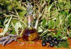 olive oil 1596417 1920 Huile d'olive, colza, tournesol ou huile de noix ?